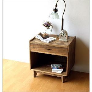 サイドチェスト ベッドサイドテーブル 木製 アンティーク レトロ ソファサイドテーブル デザイン ウッド ビンテージ 家具 シャビーシックなサイドチェスト gigiliving 02