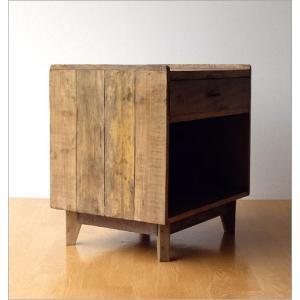 サイドチェスト ベッドサイドテーブル 木製 アンティーク レトロ ソファサイドテーブル デザイン ウッド ビンテージ 家具 シャビーシックなサイドチェスト gigiliving 06