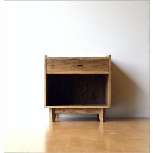 サイドチェスト ベッドサイドテーブル 木製 アンティーク レトロ ソファサイドテーブル デザイン ウッド ビンテージ 家具 シャビーシックなサイドチェスト gigiliving 08