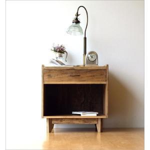 サイドチェスト ベッドサイドテーブル 木製 アンティーク レトロ ソファサイドテーブル デザイン ウッド ビンテージ 家具 シャビーシックなサイドチェスト gigiliving 09