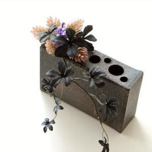 花器 陶器 和風 モダン おしゃれ シンプル 花瓶 花びん 信楽焼 日本製 和モダン 焼き物 陶芸 横長 四角 ボックス スクエア 角型 花挿し 和陶器ベース BOXM|gigiliving