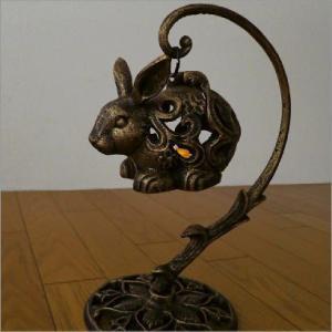 キャンドルホルダー ろうそく立て アイアン 置物 うさぎ ウサギ オブジェ 雑貨 キャンドルランタン 蝋燭立て LED付きアイアンウサギのランタン gigiliving