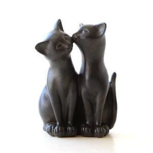 仲良しの子ネコはいつも一緒 子ネコのしぐさが可愛い置物です  ネコ大好きさんなら きっと、ぼーっと見...