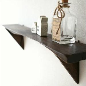 壁掛け 棚 ウォールシェルフ 木製 壁掛けラック ウォールラック 飾り棚 飾棚 収納 シンプルな古木のウォール棚 L|gigiliving