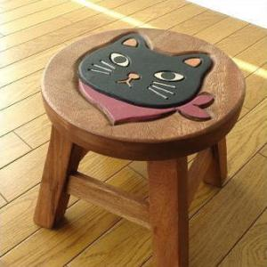 スツール 木製 子供 椅子 いす イス おしゃれ ミニスツール 小さい ウッドスツール 丸椅子 子供用 無垢材 花台 ミニテーブル 猫 子供椅子 スカーフ黒ネコさん|gigiliving