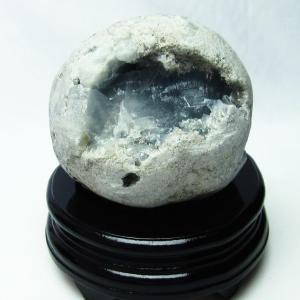 1.8Kg  セレスタイト 天青石 原石 t385-11272|ginza-todo