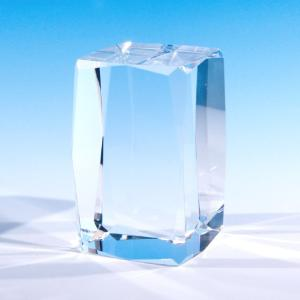 クリスタルガラスブロック アクセサリースタンドディスプレイ 展示品用 彫刻で記念品やノベルティにも 四角柱24面(80×50mm)