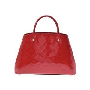 丸みを帯びつつ、シーンを問わずにお使いいただける2WAYバッグ『モンテーニュMM』内装はファスナーポ...