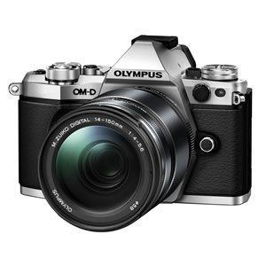 OLYMPUS デジタル一眼レフカメラ OM-D E-M5 Mark II 14-150mm II レンズキット [シルバー]/srm|gioncard
