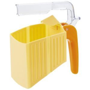 牛乳パックの持ち運びや注ぐのに便利なハンドルです。庫内に牛乳のにおいが飛び散りにくいクリップ付きです...