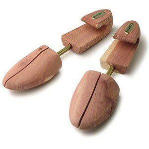 世界約100か国で愛用されている、皮革ケア・アイテムのトップブランドCollonil。靴内部の湿気を...