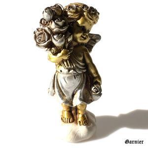 ◆薔薇の花束を抱えた天使の置物。  インテリアにもガーデンにも使えるオブジェです。  体はゴージャス...