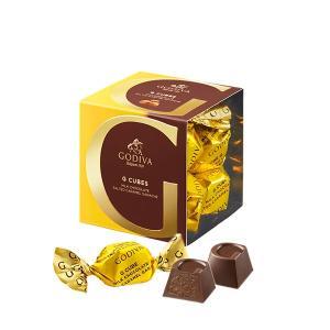 印象的な「G」を施したひと口サイズの粒チョコレートを、ひと粒ずつ彩り華やかなラッピングで包みました。