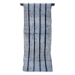 :::: 伝統の絞り染め ::::  誇り高き日本の匠技に賞賛を  伝承の技を贅沢に「変わり杢目絞り」縞取り柄(反物)|gofuku-masuya