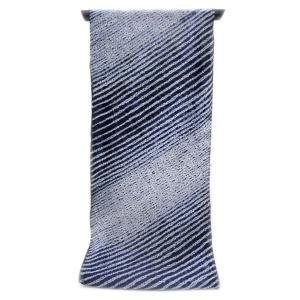 :::: 伝統の絞り染め ::::  誇り高き日本の匠技に賞賛を  伝承の技を贅沢に「変わり縫い締め絞り」段斜取り柄(反物)|gofuku-masuya