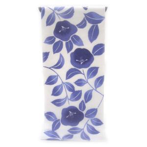 注染ゆかた 極上の肌触りで着心地さらっと綿紅梅  群青の濃淡ぼかし こんもりと可愛らしく咲く椿柄(反物)|gofuku-masuya