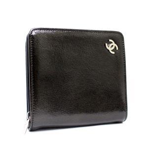 シャネル ラウンドファスナー 二つ折り財布 レディース エナメル ブラック 中古 送料無料 CHANEL goldeco