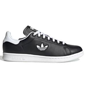 adidas OriginalsからSTAN SMITHのご紹介。コート系シューズを代表する、ミニマ...