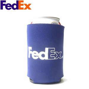 FEDEX フェデックス LOGO CAN COOLER COOZY ロゴ カン クーラー クージー メンズ レディース パープル 海外限定|goldentijuana