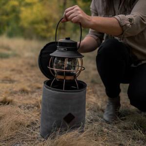 ベアボーンズリビング パテッドランタンバッグ レイルロードランプ用 BAREBONES LIVING キャンプ グランピング アウトドア|golgoda