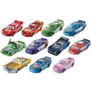 カーズ/クロスロード(Cars 3)デザートレース 11パック。 アメリカのターゲット限定フィギュア...