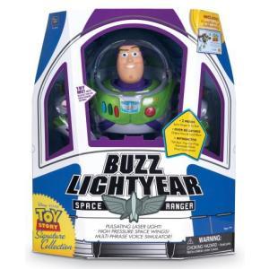 Signatureコレクションシリーズのバズ・ライトイヤー。 宇宙船型の箱もそうですがピクサーのデー...