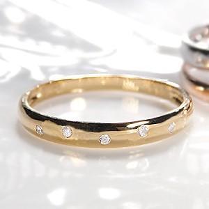 ☆デイリー使いにぴったりな、可愛いドットリング♪ K18ゴールドのシンプルなフォルムに5粒のダイヤモ...
