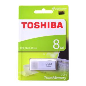 東芝8GB【USBメモリTHN-U202W008...の商品画像