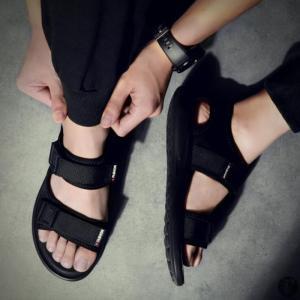 スポーツサンダル メンズ ストラップ ビーチサンダル 黒 サンダル カジュアルサンダル ビーチ 通気性 メンズシューズ 透気性 カジュアル 歩きやすい 靴 夏|goodplus