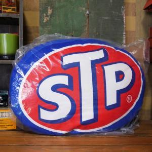 STP OVAL アドバタイジング クッション Die Cut Cushion アメリカンガレージ 座布団|goodsfarm