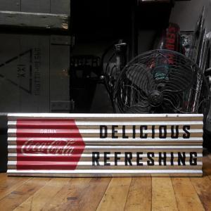 コカコーラ コルゲートプレート インテリア ブリキ看板 Coca-Cola|goodsfarm