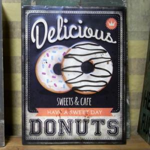 ドーナツ エンボス ブリキ看板 Donuts インテリア看板 goodsfarm