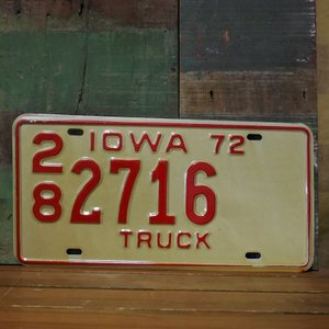 IOWA アメリカン ユーズドナンバープレート  アイオワ州 ブリキ看板|goodsfarm
