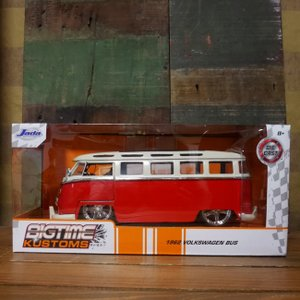 フォルクスワーゲン バス JADA TOYS BTK 1962 VW BUS 1/24 レトロミニカー GLOSSY RED|goodsfarm