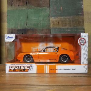 シボレー カマロ Z28 JADA TOYS BTM 1979 Chevy Camaro Z28 Orange/Black 1/24 レトロミニカー|goodsfarm