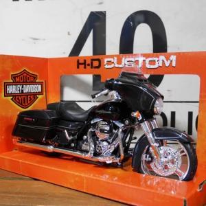 ハーレーダビッドソン 2015 Street Glide バイク インテリア 1/12 Maisto オートバイ Harley-Davidson|goodsfarm