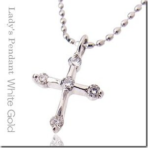 上品に輝くファーストクロス K18ホワイトゴールド 聖なる十字架クロスダイヤモンドペンダントネックレス|gradior