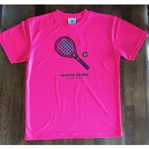 テニスジャンキー 半袖Tシャツ TJ19002  「ラケット犬+1」 フラッシュピンク|grancha914