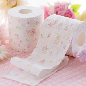 【送料無料】《Hanataba》プリントトイレットロール 12ロール 3枚重ね パルプ100% かわいいお花のプリント柄 吸水性抜群 シャワートイレに最適 2446|green-consumer-shop|02