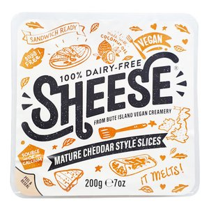 動物原料&乳製品不使用 スライス・シーズ・熟成チェダースタイル 200g【ベジタリアンチーズ Vegan Cheese sheese】