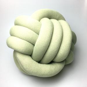 結び目クッション/ノットピロー 30cm セージ|guild-yarn