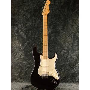 Fender USA American Deluxe Stratocaster -Black / M...
