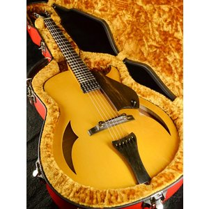 Marchione 15 inch Archtop《エレキギター》|guitarplanet