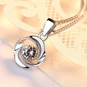 ネックレス レディース/大粒 クロスリング ネックレス/レディース/プラチナ仕上/シルバー/キュービックジルコニア/誕生日プレゼント gulamu-jewelry 09