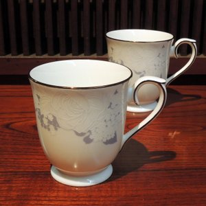 NARUMI BONE CHINA Rose Blanche ペアマグ|gunkin-netshop