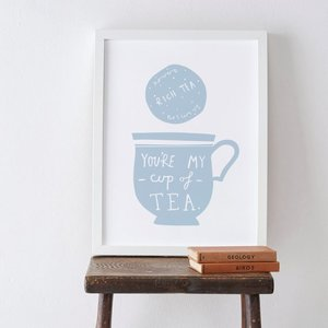 OLD ENGLISH CO. | MY CUP OF TEA PRINT (storm/white background) | A4 アートプリント/ポスター|hafen