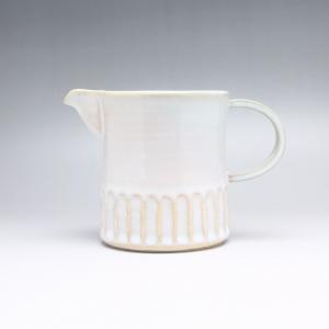 サイズ: 径9cm  幅16cm  高さ11cm  Ash glaze white lipped c...