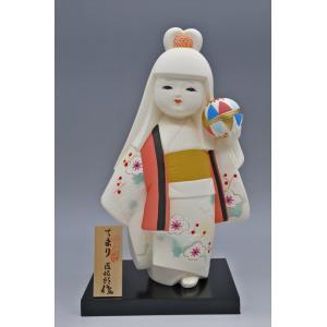 博多人形 【てまり】 博多人形の代表「乙女物」。愛らしいお顔が、お部屋を明るくしてくれます。 hakata-honpo