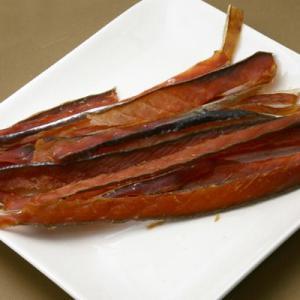 鮭トバスモーク 65g|hakodate-kujiraya