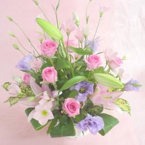 パステル系 お花屋さんにおまかせ ミックスアレンジ フェミニンな淡い色 アレンジメント フラワーギフト|hana-mizuki